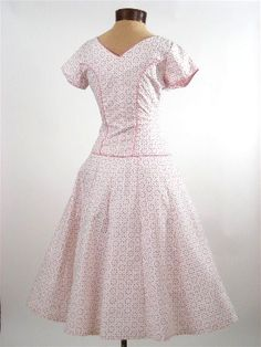 Vestido de impresión swing Rosa Blanco Ojal 1950 de la vendimia del vestido-50 - Blue Velvet Vintage