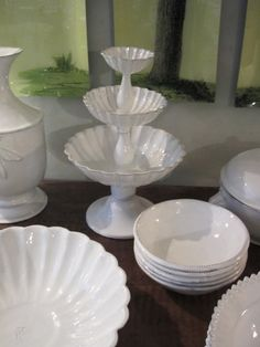 astier de villatte White Dishes, White China, Simple Lines, Cool Things To Make, Hospitality, Tablescapes, Tabletop, Kitchen Dining, Pots