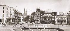 Een mooie overzichtsfoto van het stationsplein, gemaakt in 1960.