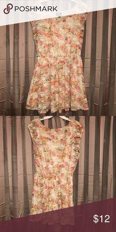 Sale‼️ By & By Floral Print Short Sundress Short Sundress, White Sundress, White Dress Summer, Casual Summer Dresses, Orange Bodycon Dress, Boho Floral Maxi Dress, Mini Shirt Dress, Sexy Party Dress, Hanger