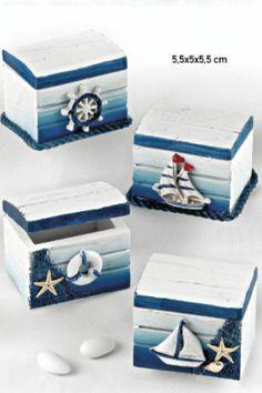 Decoupage Box, Decoupage Vintage, Seashell Art, Seashell Crafts, Seaside Decor, Coastal Decor, Altered Cigar Boxes, Sea Crafts, Creation Deco