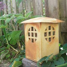 Ceramic Birds, Ceramic Flowers, Ceramic Mugs, Japanese Garden Lanterns, Japanese Stone Lanterns, Slab Pottery, Ceramic Pottery, Clay Box, Ceramic Lantern