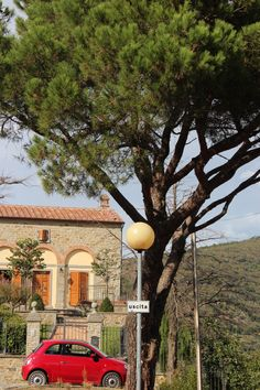 So Italy - Italian car - Fiat, Italian villa, Italian country side - Cortona, Tuscany photo©jadoretotravel
