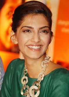 Sonam Kapoor - she has perfect teeth!