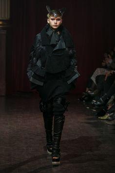 Jun Takahashi presents the label's fall looks.