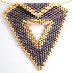 Purple with Gold Peyote Triangle Pendant and Choker - A Sand Fibers Made-to-Order Creation Beaded Jewelry Patterns, Beading Patterns, Pendant Design, Seed Bead Jewelry, Beading Tutorials, Bead Art, Bead Weaving, Jewelry Crafts, Earrings