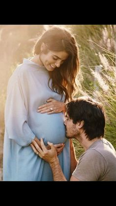 Nikki Reed and Ian Somerhalder welcome first child, a daughter. Nikki Reed has given birth to her first child, a daughter. Maternity Poses, Maternity Pictures, Couple Pregnancy Pictures, Cute Pregnancy Photos, Maternity Photo Props, Ian Somerhalder Nikki Reed, Ian Somerhalder Wife, Ian Somerhalder Wedding, Ian Somerhalder Photoshoot