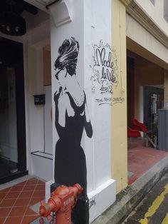 Street Art Audrey Hepburn - Haji lane