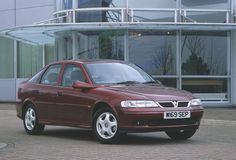 Vauxhall Vectra - my 1st company car, mine was white