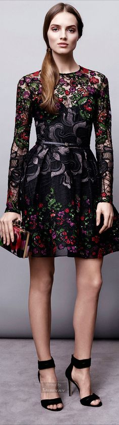 Elie Saab - Pre - Fall /15.... OMG! this dress is something else <3 if only was in my closet.
