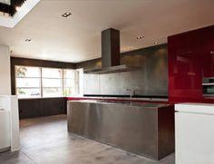 Maybe better to have rectangular windows to allow for radiators? Bedroom Windows, Radiators, Modern, Kitchen, Home Decor, Trendy Tree, Cuisine, Radiant Heaters, Heating Radiators