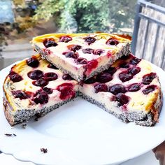 Lisztmentes mákos-meggyes túrótorta, szénhidrátcsökkentett, egészséges, diétás Healthy Cake, Healthy Snacks, Diet Cake, Clean Eating Diet, Easter Recipes, Food Hacks, Sweet Recipes, Cookie Recipes, Food And Drink