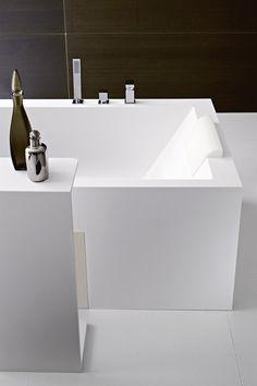 Argo Bathtub by Rexa Design | Free-standing baths