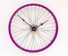 receycled bike wheel clock - cool!