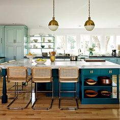 Kitchen Cabinet and Wall Color Combinations | Range Hoods Inc Blog