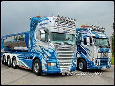 SCANIA R620 V8 8x4 Topline - Blue Fire - Thurhagen - Sweden (2) by PS-Truckphotos, via Flickr Show Trucks, Big Rig Trucks, Rc Trucks, Customised Trucks, Custom Trucks, Volvo Cars, Volvo Trucks, Scania V8, Truck Paint