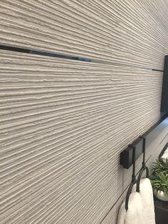 POrcelanosa Centry Beige Related image Tiles, Modern Master Bathroom, Porcelanosa Tiles, Modern Bathroom, Wall Texture Design, Vintage Bathroom Tile, Loft Bathroom, Bathroom Design, Shower Design