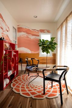 Tommy Lei's California Bungalow Is a Trip Around the World   Architectural Digest Living Room Seating, Living Room Furniture, Living Room Decor, Small Apartment Living, Small Space Living, California Bungalow, Coral Wallpaper, Mid Century Modern Living Room, Barbie Dream House