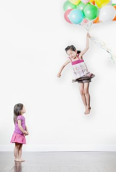 Insane and magical photos a father created of his daughters - Jason Lee