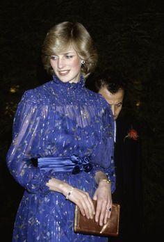 lady-diana-vestito-blu