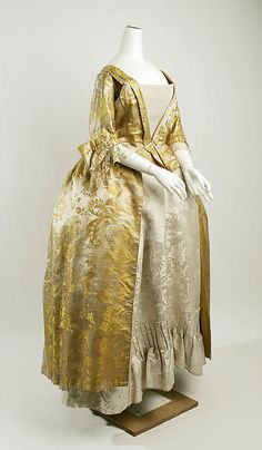"""LATE GEORGIAN WOMAN """"Dress"""" The Metropolitan Museum of Art second half 18th century http://www.metmuseum.org/Collections/search-the-collections/86977?rpp=20&pg=6&rndkey=20130911&ft=*&what=Costume&pos=113 36.64.1 silk"""