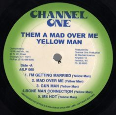 Yellowman - Them A Mad Over Me (Label)