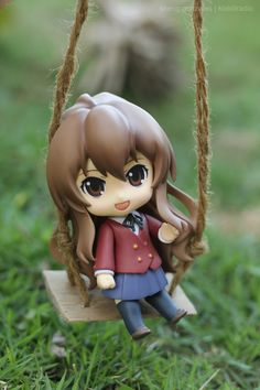 """Nendoroid Aisaka Taiga (Dengeki Ver.) in the Garden"" figure photo by Sheng"