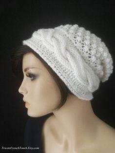 Bonnet femme laine et alpaga.Bonnet béret blanc tricot fait main.Bonnet  laine torsades b31e7d5d3bb