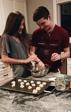 pinterest: kimoyaawalker Cute Couple Pictures, Cute Couples, Oven, Kitchen Appliances, Home Appliances, Adorable Couples, Ovens, Cute Couple Drawings, Cute Relationships