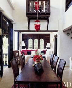 Robert and Domitilla Peugeot hired architectural designer Claudio Modola to renovate their home on the Kenyan island of Lamu. This centuries old island, with an old town that is a UNESCO protected Cultural Heritage Site, Architectural Digest, Balinese Interior, Baby Furniture Sets, African Furniture, Estilo Interior, Outside Furniture, Wood Furniture, Luxury Furniture Brands, Indochine