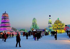 snow festival hokkaido 2015 - lots of Saki, Beer and snow sculptures, what's not to love?