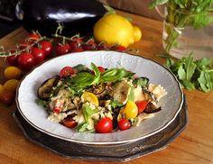 veganotic.cz - těstoviny s krémovou omáčkou, rajčátky a lilkem