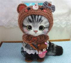 Needle felted cat - completely adorable.  Found on Yahoo Auctions Japan.