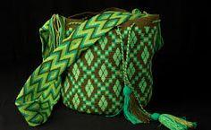 Resultado de imagen para bolsos mochilas wayuu