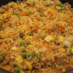 Easy Chicken Fried Rice-oh my gosh. I made this for dinner tonight and it was uh-mazing :) No joke.