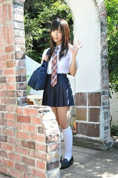 School Uniform Fashion, School Girl Outfit, School Uniform Girls, Girls Uniforms, Beautiful Japanese Girl, Beautiful Asian Girls, School Girl Japan, Schoolgirl Style, Girls In Mini Skirts