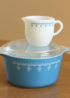 vintage pyrex - Diary of a Quilter - a quilt blog