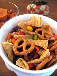 a Thanksgiving Blessing Mix...great idea for a little gift for friends and neighbors.