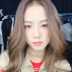 Find images and videos about girl, cute and kpop on We Heart It - the app to get lost in what you love. Kpop Girl Groups, Korean Girl Groups, Kpop Girls, Blackpink Jisoo, Korean Beauty, Asian Beauty, Blackpink Funny, Black Pink Kpop, Blackpink Photos