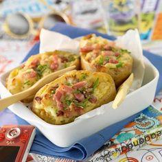 Découvrez la recette Pommes de terre farcies au micro-ondes sur cuisineactuelle.fr.