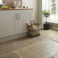 2017 Guide for Limestone sealers, maintenance and cleaning Flagstone Flooring, Limestone Flooring, Slate Flooring, Kitchen Flooring, Bathroom Flooring, Stone Kitchen Floor, Slate Kitchen, Somerset, Natural Flooring