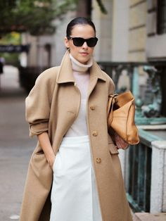 Camel coat + turtleneck