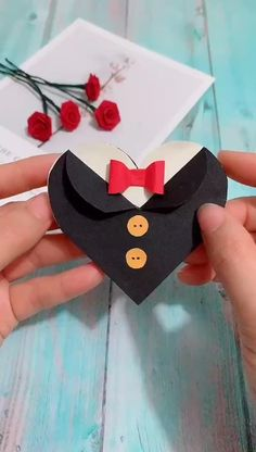 diy birthday cards for friends handmade me for more handmade tutorial. Why not show your work in the comment area Diy Crafts Hacks, Diy Crafts For Gifts, Easy Diy Crafts, Diy Crafts Videos, Crafts For Kids, Cool Paper Crafts, Paper Crafts Origami, Instruções Origami, Heart Origami
