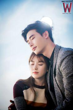 Lee jong suk / W two worlds drama Korean Drama Best, Korean Drama Quotes, Korean Drama Movies, Lee Jong Suk Cute, Lee Jung Suk, Lee Jong Suk And Han Hyo Joo, Korean Actresses, Korean Actors, Actors & Actresses