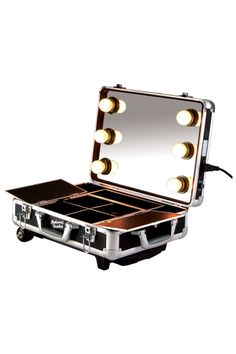 masami shouko makeup case with dimmer lights