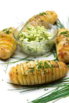 Hasselback Potatoes with Creamy Shallot Chive Butter are the perfect holiday side dish ~ festive and incredibly delicious. sponsored by Famous Idaho Potatoes Side Dish Recipes, Top Recipes, Dinner Recipes, Amazing Recipes, Fall Recipes, Holiday Recipes, Dinner Ideas, Real Food Recipes, Healthy Recipes