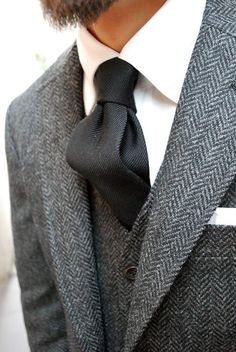 Tweed Suit + Ribbed Black Tie and White Pocket Square.