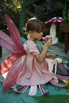 Mer Mag: Fairy Friends Tea: Party Part 2 (and a Giveaway!