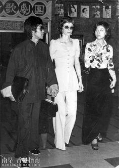 LA FLÛTE SILENCIEUSERACONTEE PAR CEUX QUI L'ONT ENTENDUELe premier projet cinématographique de Bruce Lee était américain: The Silent...