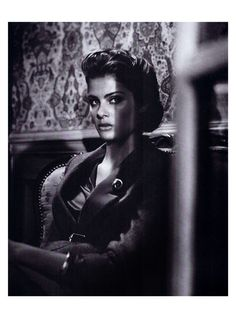 'Vogue Suggestions' Isabeli Fontana by Vincent Peters for Vogue Italia September 2011